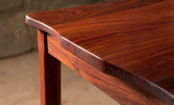 kariba-chair-carved-seat-detail