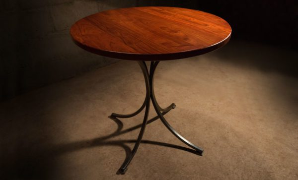 Round-Wrought-Iron-Table-solid-steel-legs