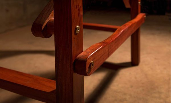 Directors-Bar-Chair-Harness-leather-footrest-detail