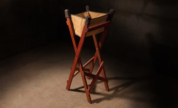 Canvas-Wash-Stand