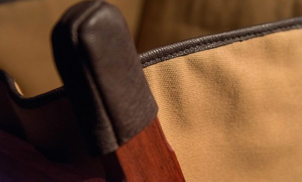 Canvas-Wash-Stand-leather-detail