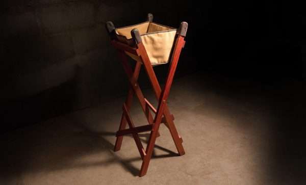 Canvas-Wash-Stand-side